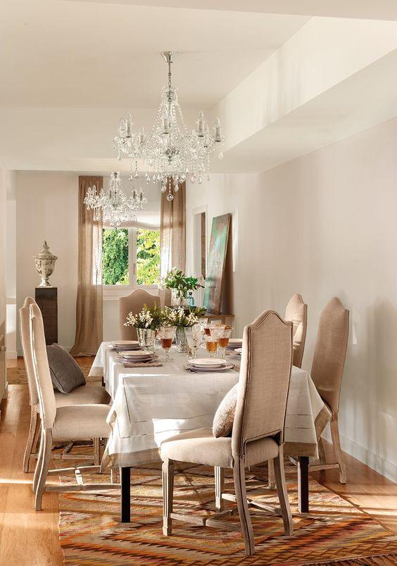 si tus muebles son clásicos pinta las paredes de tonos neutros para no recargar