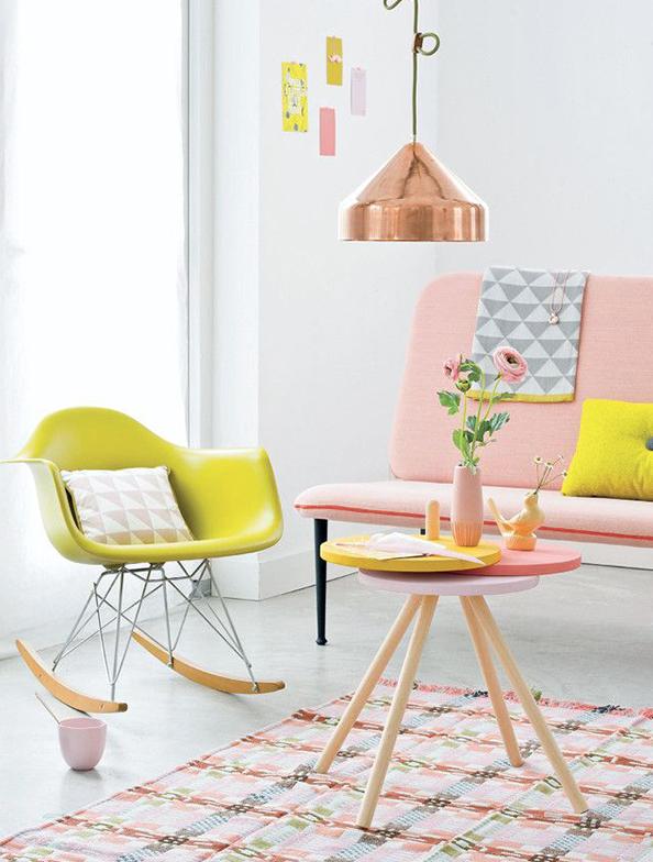 En las paredes color blanco y pon el color con los elementos decorativos, será una apuesta segura,