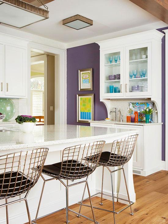 El color violeta se asocia a la templanza, espiritualidad, lucidez y creatividad.