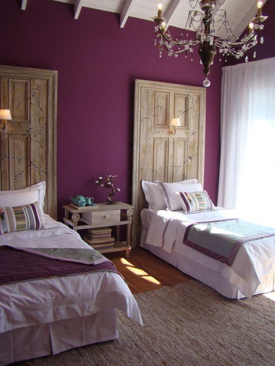 El violeta se asocia a la templanza, espiritualidad, lucidez y creatividad.
